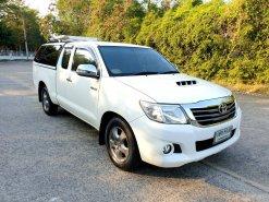 Toyota Hilux Vigo 2.5 E  ปี2015