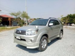 TOYOTA FORTUNER 2.7 V TOP 2WD ปี2009