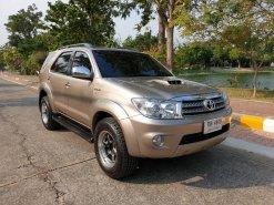 Toyota Fortuner 3.0 V ดีเซล เกียร์ออโต้ ปี 2008