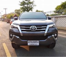 TOYOTA FORTUNER 2.8 V 2WD ปี2015