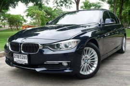 BMW 320d Luxury ปี2012