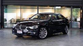BMW 330e LUXURY eDrive 2017