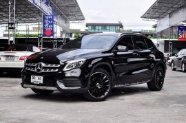Mercedes Benz GLA250 AMG ปี 2017