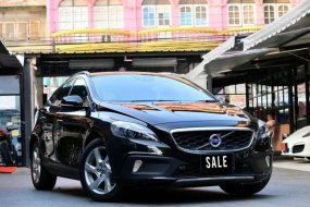 Volvo V40 T5 Cross Country ปี2014