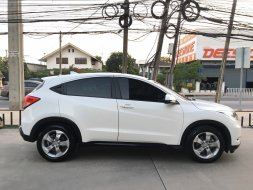 Honda HRV 1.8E ปี2016 สีขาว