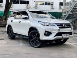 TOYOTA FORTUNER TRD Sportivo 2.8V 4WD TOP ปี2017