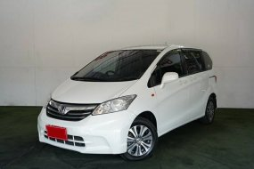 Honda Freed 1.5 SE 2014