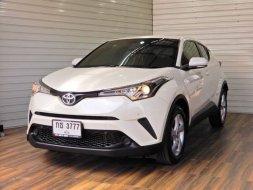 2018 Toyota C-HR ENTRY รถเก๋ง 5 ประตู