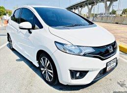 ขายรถมือสอง 2016 Honda JAZZ 1.5 SV+ i-VTEC รถเก๋ง 5 ประตู