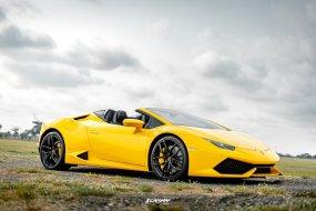 2019 Lamborghini Huracan LP610-4 รถเปิดประทุน