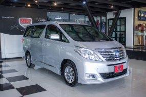 2013 Toyota ALPHARD 2.4 Hybrid E-Four 4WD รถตู้/MPV