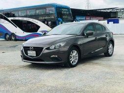 2015 Mazda 3 2.0 E รถเก๋ง 4 ประตู