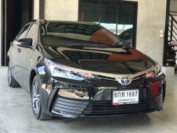 2017 Toyota Corolla Altis 1.8 E รถเก๋ง 4 ประตู