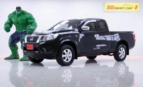 1N-42  Nissan  Navara NP300 2.5 E CAB สีดำ เกียร์AT ปี2017