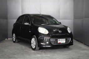2011 Nissan MARCH 1.2 V รถเก๋ง 5 ประตู