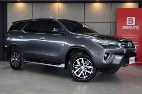 2017 Toyota Fortuner 2.4 V SUV AT (ปี 15-18) B9374