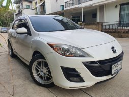Mazda 3 รุ่น 1.6 5ประตู ปี 2012 สีขาว ออโต้รถสวย