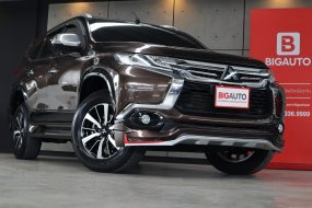 2016 Mitsubishi Pajero Sport 2.4 GT Premium 4WD SUV AT รุ่น TOP สุด มาพร้อมระบบนำทาง Navigation กล้องมองภาพรอบคันครับ