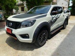 2020 Nissan NP 300 Navara 2.5 Calibre EL Black Edition รถกระบะ
