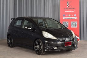 Honda Jazz 1.5 (ปี 2014) JP Hatchback AT
