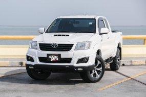 📌TOYOTA HILUX VIGO SMART CAB 2.5 E PRERUNNER TRD SPORTIVO (ABS) สีขาว เกียร์ธรรมดา ปี 2013
