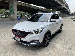2018 MG ZS 1.5X SUNROOF สีขาว ท็อป รถสวยมาก พร้อมใช้งาน