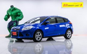 1S-15 FORD 1.6 TREND 5DR เกียร์ AT ปี 2016