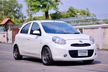 2012 Nissan MARCH 1.2 E รถเก๋ง 5 ประตู